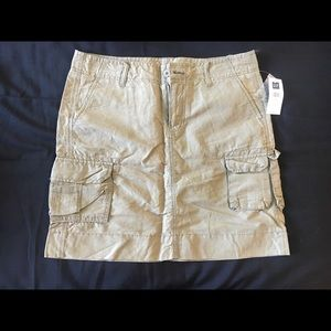 Gap Cargo Skirt - Size 6